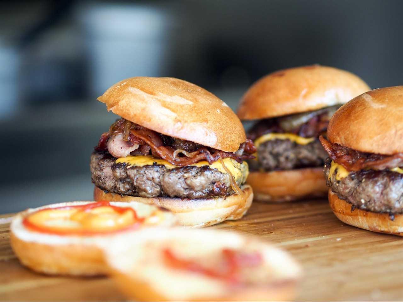 Restaurant marketing with food photos