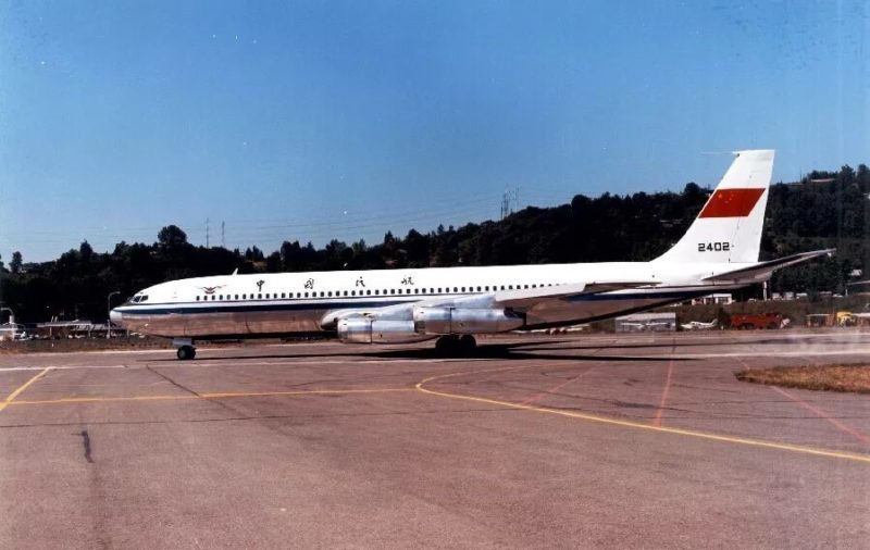 The first Boeing 707 bought by China air travel in China